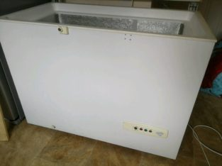 Clean inside, Large chest freezer