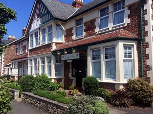 For Sale Guest House/ Bed And Breakfast In Minehead