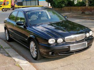 Black Jaguar X Type 2.0 TDI Sport – Full Service History – 2007
