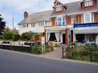 Daytime only Well Established And Traditional Tea Rooms For Sale