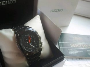 Seiko kinetic sportura chronograph watch box papers receipt