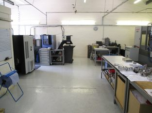Fully Equipped Popular Engineering Business