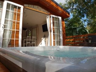 To Rent Private Lodge With Hot Tub