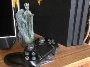 Used PlayStation 4 Pro 1TB – with box and controller