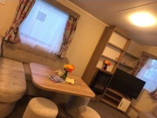 Up to 6 people 80's Adult Weekend Butlins Minehead Caravan Hire