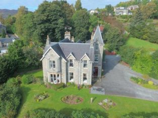 10 Bedroom Traditional Victorian Guest House For Sale